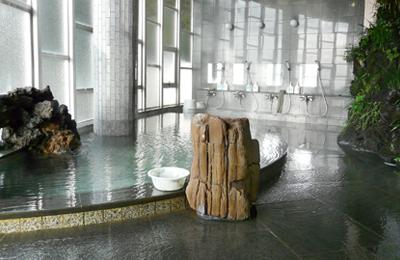 併設する温泉